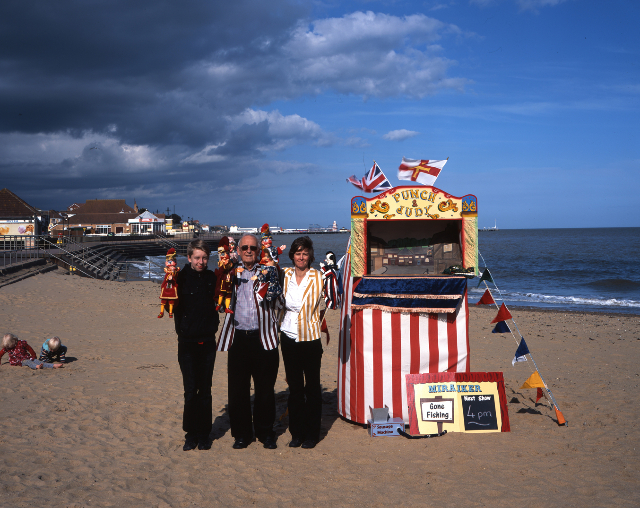 punch-judy-batey-clacton-on-sea-web