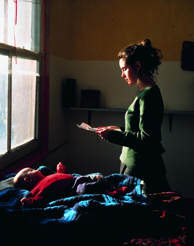 women reading possesion order web image